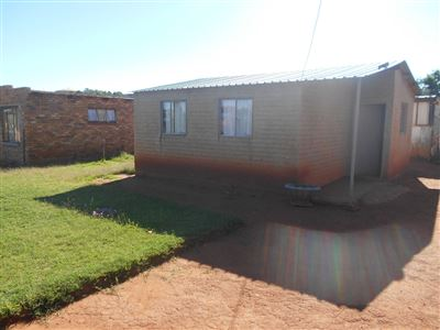 Potchefstroom, Promosa Property    Houses For Sale Promosa, Promosa, House 2 bedrooms property for sale Price:165,000