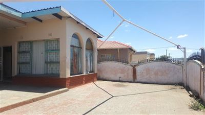 Rustenburg, Tlhabane Property    Houses For Sale Tlhabane, Tlhabane, House 5 bedrooms property for sale Price:650,000