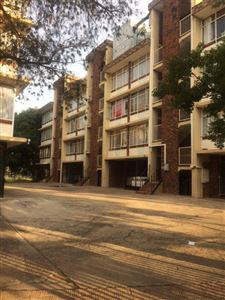Property and Houses for sale in Kilner Park, Flats, 2 Bedrooms - ZAR 565,000