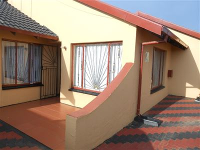 Soweto, Dobsonville Property  | Houses For Sale Dobsonville, Dobsonville, House 3 bedrooms property for sale Price:850,000
