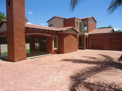 Property and Houses for sale in Equestria, House, 3 Bedrooms - ZAR 2,360,000