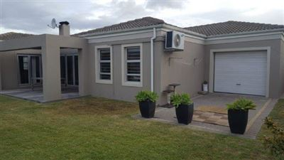 Brackenfell, Sonkring Property    Houses For Sale Sonkring, Sonkring, House 4 bedrooms property for sale Price:2,325,000