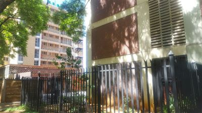 Property and Houses for sale in Pretoria Central, Apartment, 3 Bedrooms - ZAR 490,000