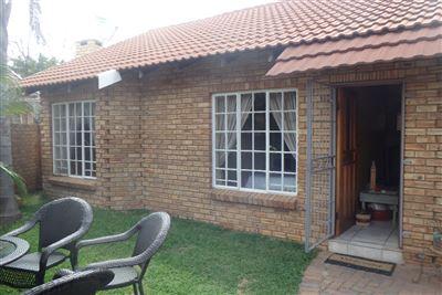 Rustenburg, Bo Dorp Property  | Houses To Rent Bo Dorp, Bo Dorp, Townhouse 3 bedrooms property to rent Price:,  9,00*