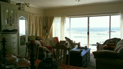 Yzerfontein property for sale. Ref No: 13573469. Picture no 12