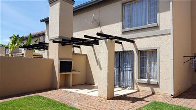 Pretoria, Willow Park Manor Property  | Houses For Sale Willow Park Manor, Willow Park Manor, Townhouse 2 bedrooms property for sale Price:890,000