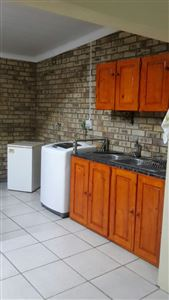 Potchefstroom Central property for sale. Ref No: 13574537. Picture no 23