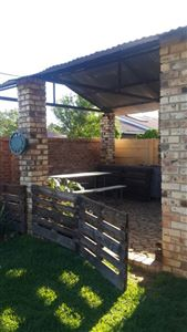 Potchefstroom Central property for sale. Ref No: 13574537. Picture no 24