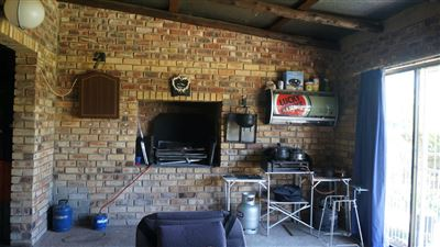 Potchefstroom Central property for sale. Ref No: 13574537. Picture no 7