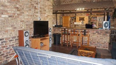 Potchefstroom Central property for sale. Ref No: 13574537. Picture no 8