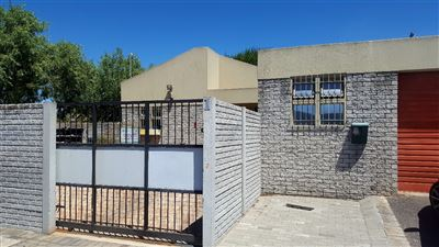 Kraaifontein, Bonnie Brae Property    Houses For Sale Bonnie Brae, Bonnie Brae, House 2 bedrooms property for sale Price:1,395,000
