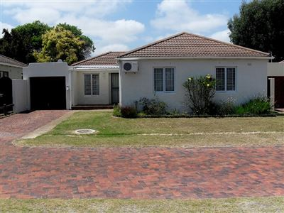 Goodwood, Edgemead Property  | Houses For Sale Edgemead, Edgemead, House 3 bedrooms property for sale Price:2,000,000