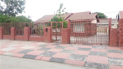 Paardekraal property for sale. Ref No: 13574715. Picture no 1