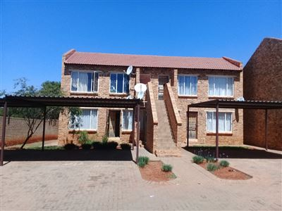 Pretoria, Clarina And Ext Property  | Houses For Sale Clarina And Ext, Clarina And Ext, Townhouse 2 bedrooms property for sale Price:410,000