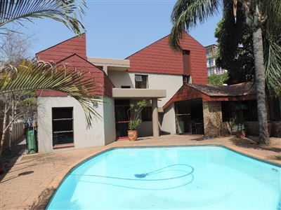 Property and Houses for sale in Arcadia, House, 32 Bedrooms - ZAR 9,800,000