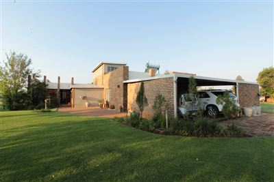 House for sale in Bronkhorstspruit Central