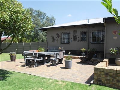 Witbank & Ext property for sale. Ref No: 13576401. Picture no 28
