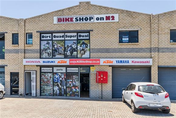 Commercial Unit with N2 Visibility in Somerset West!