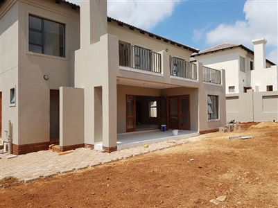 Property and Houses for sale in Amandasig, House, 3 Bedrooms - ZAR 1,900,000
