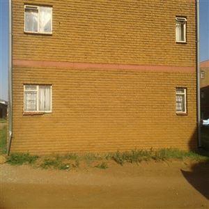 Property Kwaxuma : Houses For Sale Kwaxuma (All), Jabulani Hostel, Flats 3 bedrooms property for sale Price:385,000