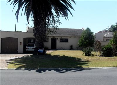 Goodwood, Edgemead Property  | Houses For Sale Edgemead, Edgemead, House 3 bedrooms property for sale Price:2,395,000