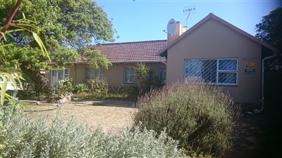 Cape Town, Pinelands Property    Houses To Rent Pinelands, Pinelands, House 3 bedrooms property to rent Price:, 13,00*