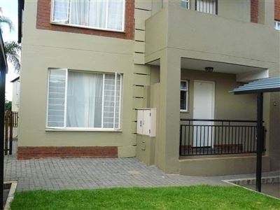 Property and Houses for sale in Montana Tuine, Townhouse, 2 Bedrooms - ZAR 670,000