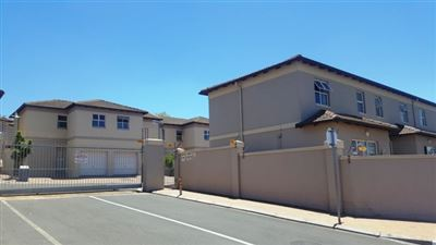 Brackenfell, Brackenfell South Property  | Houses For Sale Brackenfell South, Brackenfell South, House 3 bedrooms property for sale Price:1,395,000