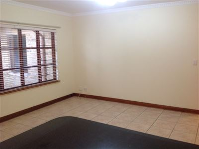 Farrarmere property to rent. Ref No: 13580976. Picture no 16