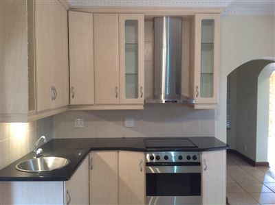 Farrarmere property to rent. Ref No: 13580976. Picture no 10