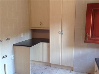 Farrarmere property to rent. Ref No: 13580976. Picture no 13