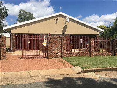 Property Vredefort : Houses For Sale Vredefort (All), Vredefort Dome, House 3 bedrooms property for sale Price:795,000