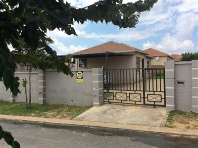 Roodepoort, Cosmo City Property  | Houses For Sale Cosmo City, Cosmo City, House 3 bedrooms property for sale Price:700,000