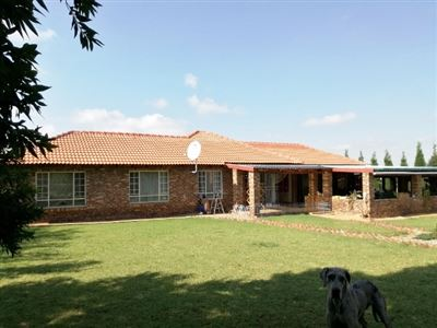 Property and Houses for sale in Grootfontein Country Estate, House, 3 Bedrooms - ZAR 2,200,000