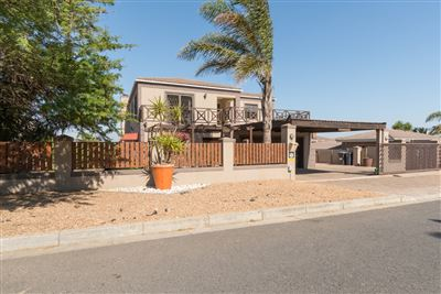 Vredekloof Heights property for sale. Ref No: 13574406. Picture no 3