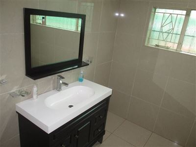 Raslouw property for sale. Ref No: 13584178. Picture no 14