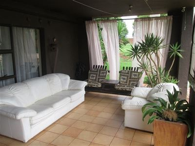 Raslouw property for sale. Ref No: 13584178. Picture no 32
