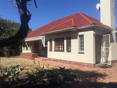Cape Town, Pinelands Property    Houses To Rent Pinelands, Pinelands, House 3 bedrooms property to rent Price:, 15,00*