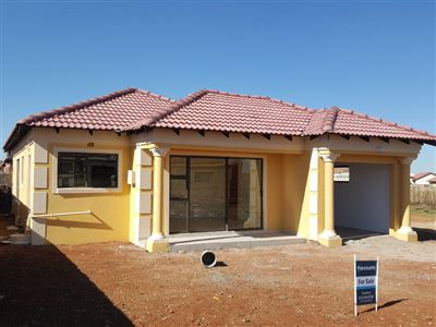 Property and Houses for sale in Roodekop, House, 3 Bedrooms - ZAR 810,000