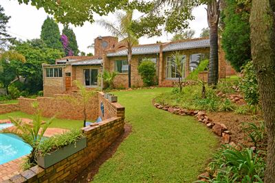 Roodepoort, Wilro Park Property  | Houses For Sale Wilro Park, Wilro Park, House 4 bedrooms property for sale Price:1,899,000