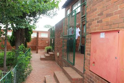 Bloemfontein, Navalsig Property  | Houses For Sale Navalsig, Navalsig, Townhouse 2 bedrooms property for sale Price:485,000