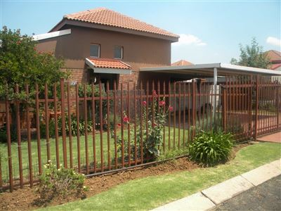 Witbank, Reyno Ridge & Ext Property  | Houses To Rent Reyno Ridge & Ext, Reyno Ridge & Ext, Townhouse 3 bedrooms property to rent Price:,  7,15*