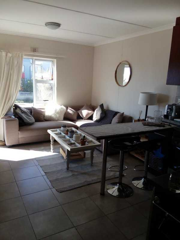 2 Bedroom, 1 Bathroom Move in Ready, Willowglen, Buh-Rein