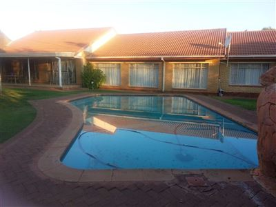Property and Houses to rent in Free State, House, 4 Bedrooms - ZAR , 13,00*,M