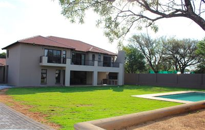 Property and Houses for sale in Waterkloof Heights, House, 5 Bedrooms - ZAR 5,350,000