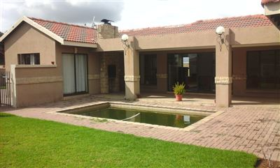 Witbank, Reyno Ridge & Ext Property  | Houses To Rent Reyno Ridge & Ext, Reyno Ridge & Ext, House 3 bedrooms property to rent Price:, 16,50*