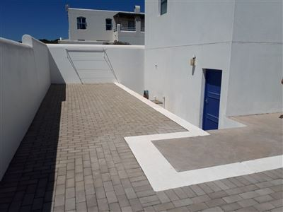 Paradise Beach property to rent. Ref No: 13589368. Picture no 20