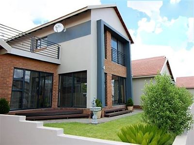 Bloemfontein, Wild Olive Estate Property  | Houses For Sale Wild Olive Estate, Wild Olive Estate, Townhouse 3 bedrooms property for sale Price:1,720,000