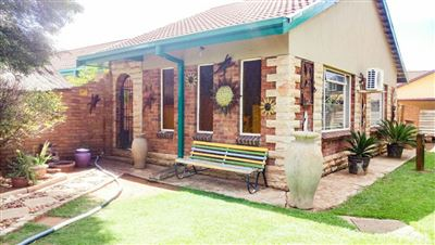 Bloemfontein, Pellissier Property    Houses For Sale Pellissier, Pellissier, House 4 bedrooms property for sale Price:1,325,000