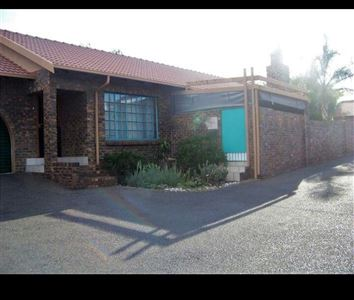 Witbank, Reyno Ridge & Ext Property  | Houses For Sale Reyno Ridge & Ext, Reyno Ridge & Ext, Townhouse 3 bedrooms property for sale Price:800,000